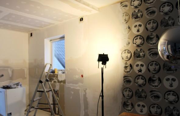 Coleandson_Fornasetti_tapet_roombysofie_kök_renovering