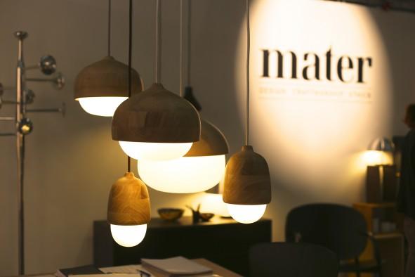 Nyhet_lampa_Mater